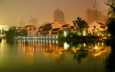 无锡蠡溪西苑夜景图片