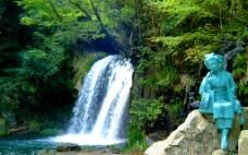 山间瀑布图片