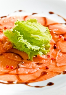 三文鱼 沙拉图片