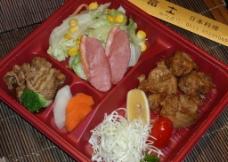 日本料理便当图片