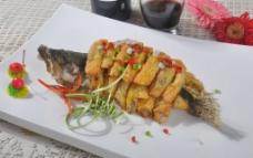 腐皮包黄鱼图片